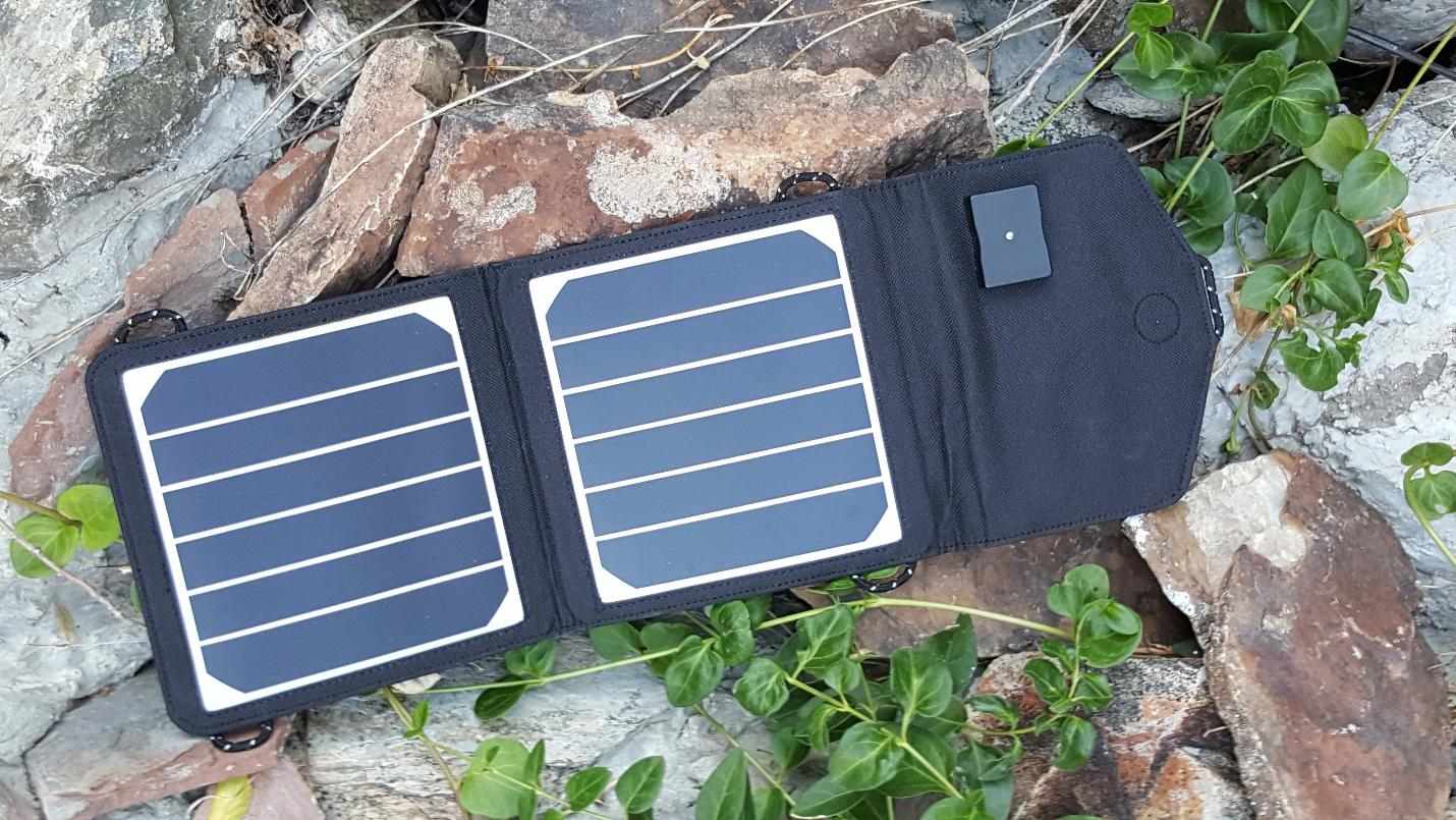 Learn About Batteries And Solar Splitrock Charger Further Off Grid Power System Also Street Light Circuit The Solmate 6 12 Chargers